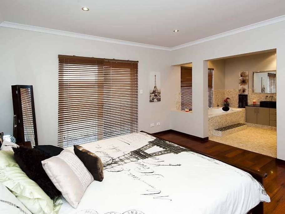 Master Bedroom with open Bali style ensuite