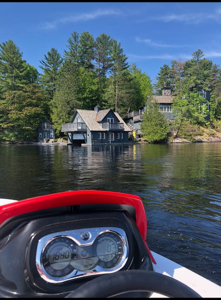Waterfront Muskoka Family Estate