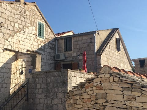 Charming apt in the heart of Vis