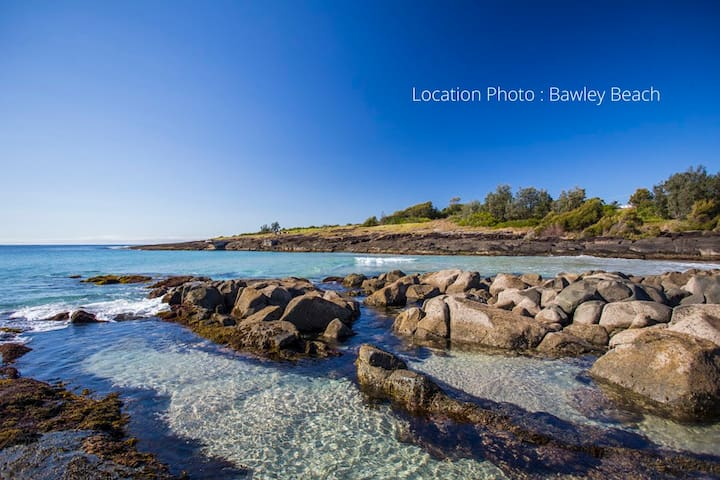 'BAROONA' BY THE BEACH @ BAWLEY