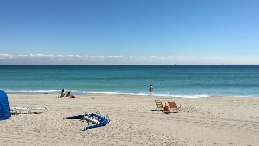 725GREAT APARTAMENT ON THE BEACH ! - Hollywood - Daire