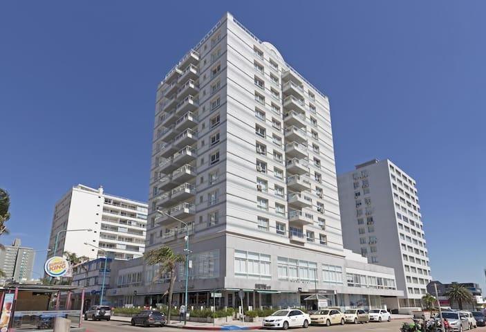 Apartamento Lux Tower.  Excelente precio.