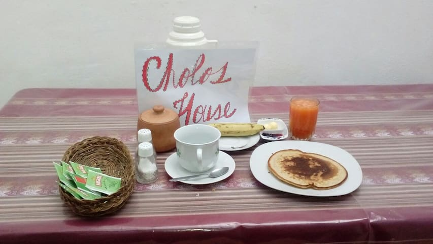 CHOLOS BED AND BREAKFAST