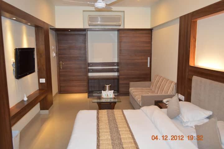 Mango Cozy Hotel Room Mahableshwar