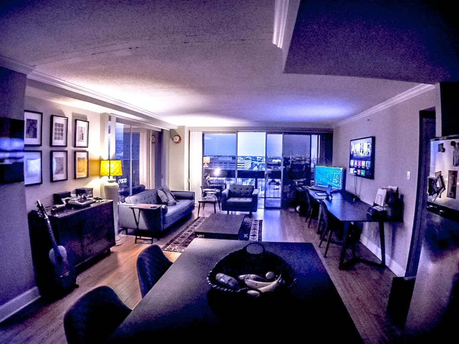 High Rise Downtown Houston Cheap Apartments For Rent In