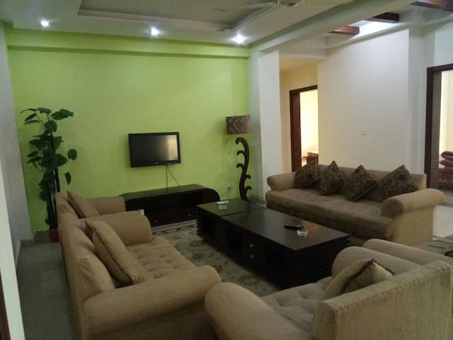 3bd furnished Appart n Bahria islb - Rawalpindi - Daire