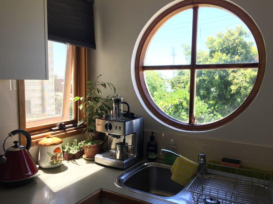 Kitchen views through the porthole.