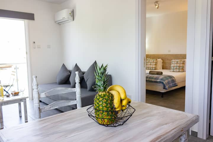 Superb City Center apartment with free Bicycles