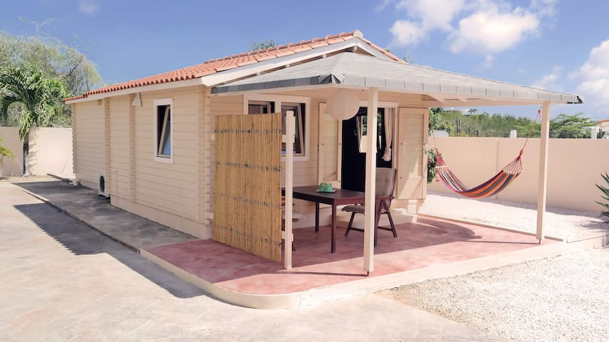 *NEW* Unique Cosy Cabin With Pool (From June '17) - Willemstad - Chalupa