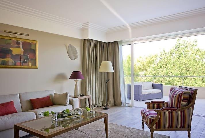 Suite Grand luxe avec salon et grande terrasse