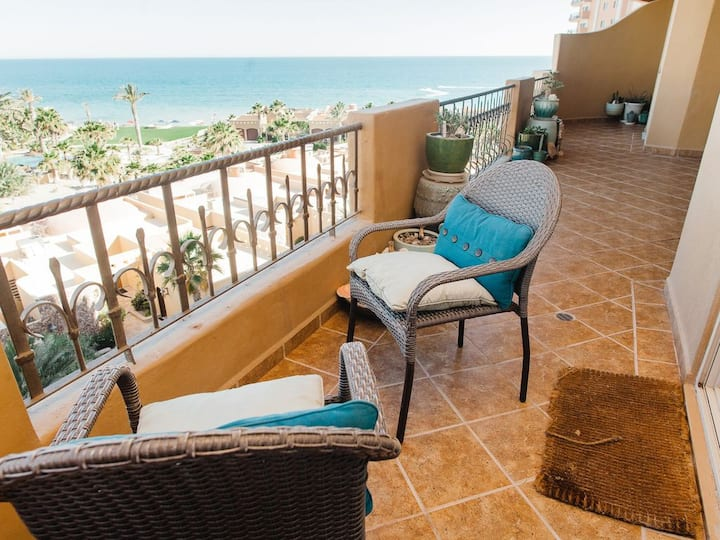 Luxury Bella Sirena 4th floor Condo - Sleeps 6