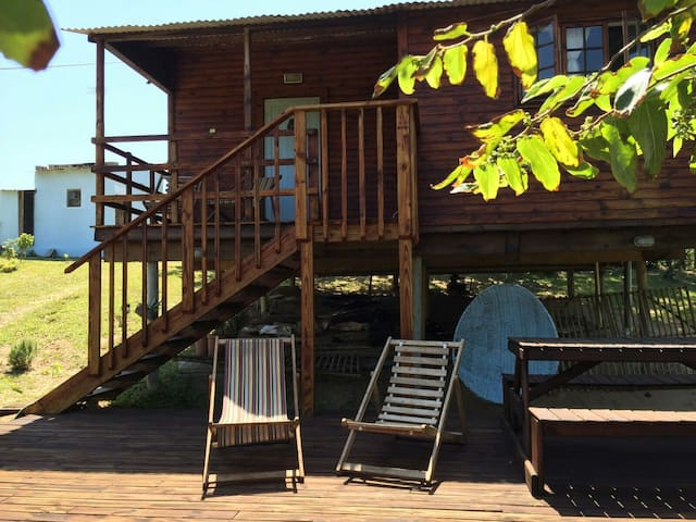 2bed mountain view beach cottage