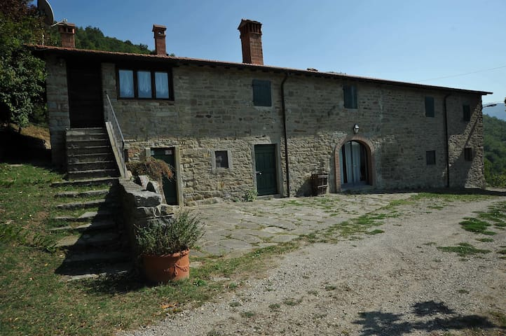 CountryHouse w/swimmingpool - Castagneto - Casa