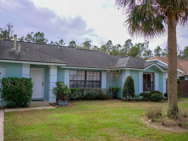 Great House Near Disney World with 4 Bedrooms