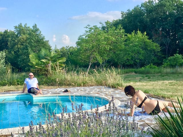 Beautiful Barn in Quercy with pool