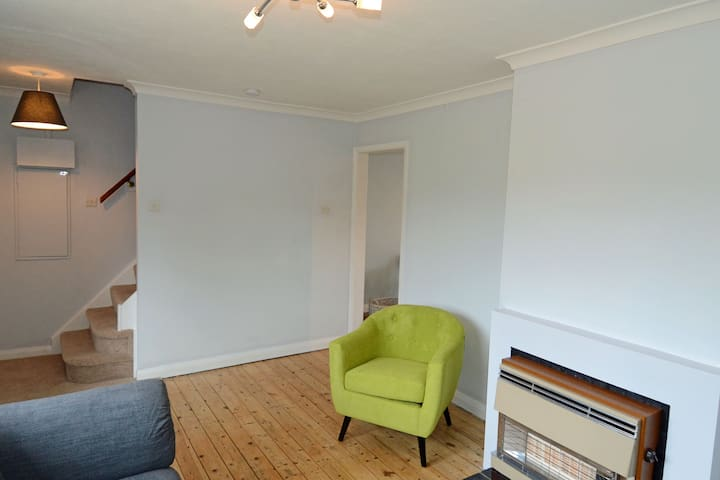 Taphouse Avenue Witney holiday home