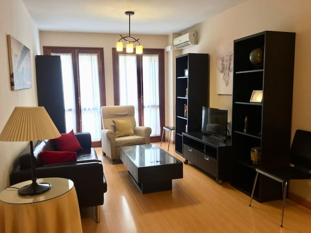 Lightfull and beautiful flat in The Center of Rond
