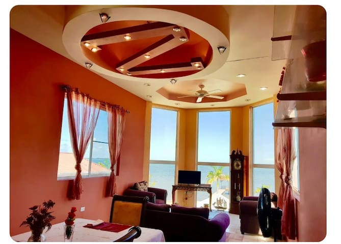 See Belize SEAVIEW PENTHOUSE w POOL & ROOF TERRACE