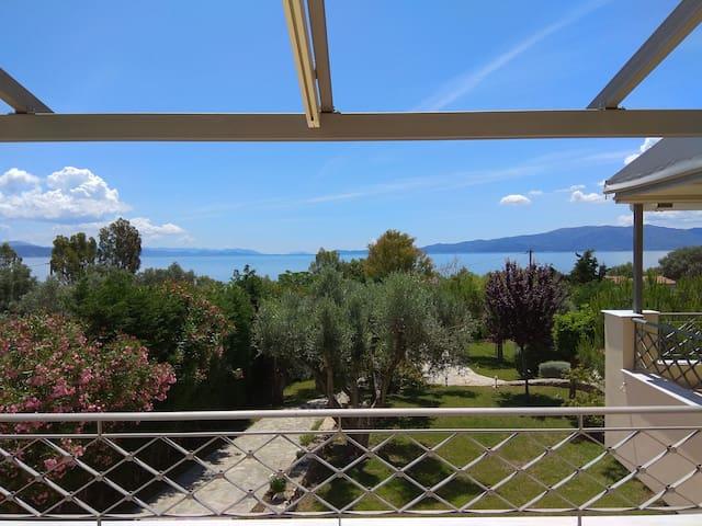 Seaside Villa AndroNikos (Evia Island)