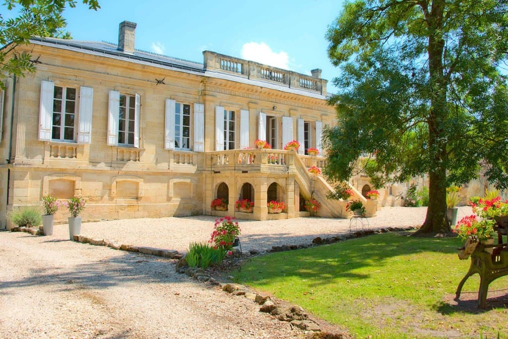 Amazing Louis XVI Chateau Near St Emilion