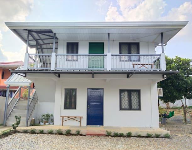 Diana's Place 2BR Light&Airy House near Tagaytay