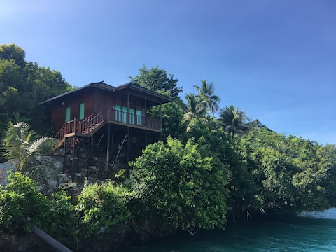 Noah Maratua Resort