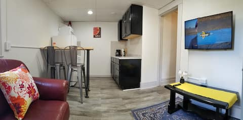 5: Kzoo Downtown, Mills fully appointed apartments