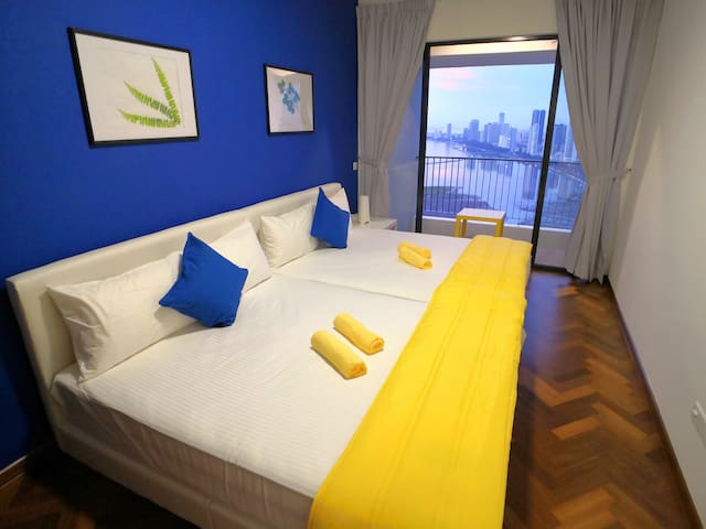 Second room with 2 queen size beds and a private sea view balcony