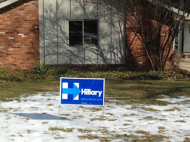 #ImWithHer So #StayWithMe! - Beachwood - House