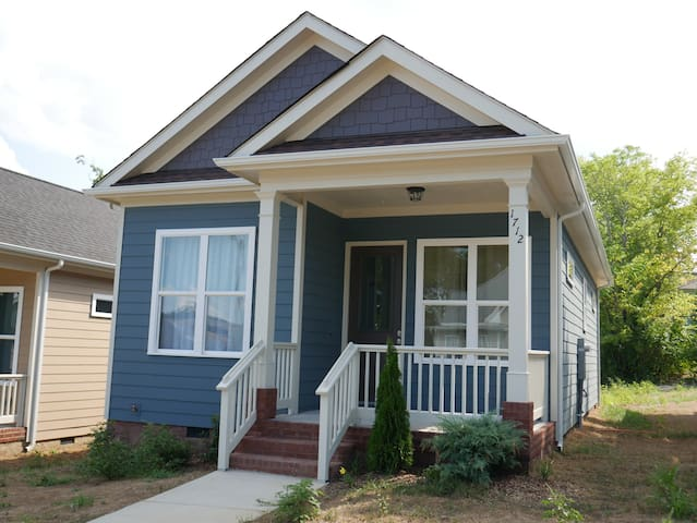 Kirby Bungalow - 2 Miles to Downtown - Chattanooga - House