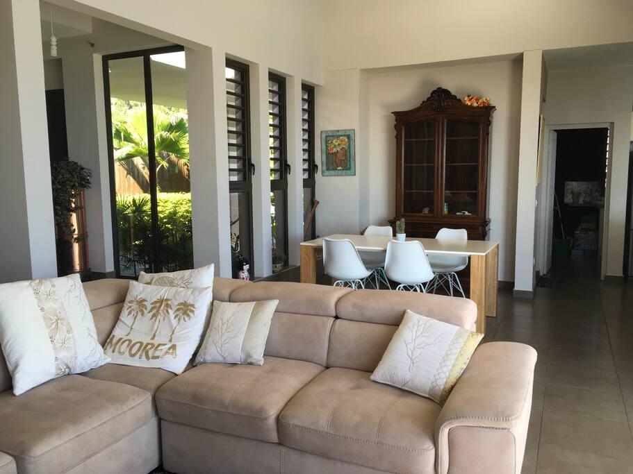 maison de famille maisons louer puna 39 auia les du vent polyn sie fran aise. Black Bedroom Furniture Sets. Home Design Ideas