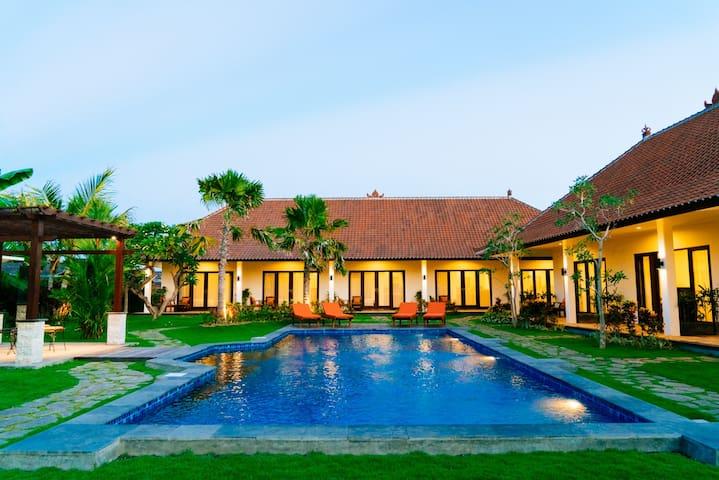 Casa Meena Bali Residence 8