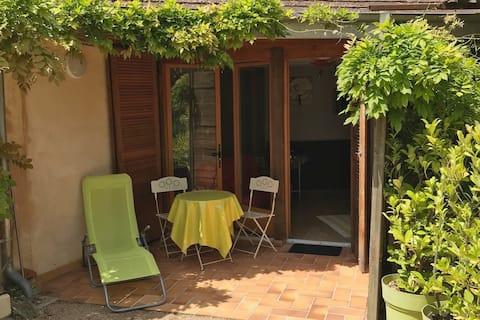 Appartement rez de jardin avec entrée indépendante