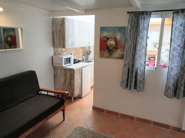Cosy little Apartment in Castillo del Romeral