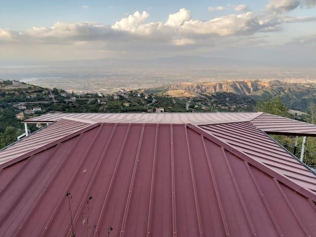 Doğa manzarasına sahip dağ evi