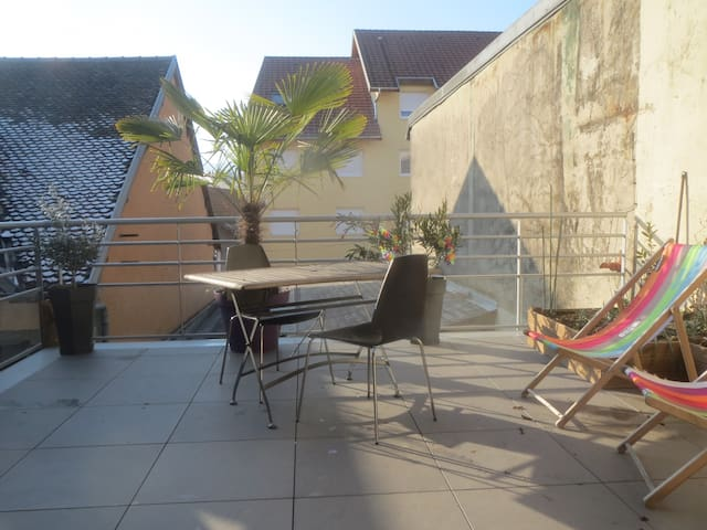 T3 75m² avec terasse 25m² à 20 min d' Annecy - Rumilly - Lägenhet