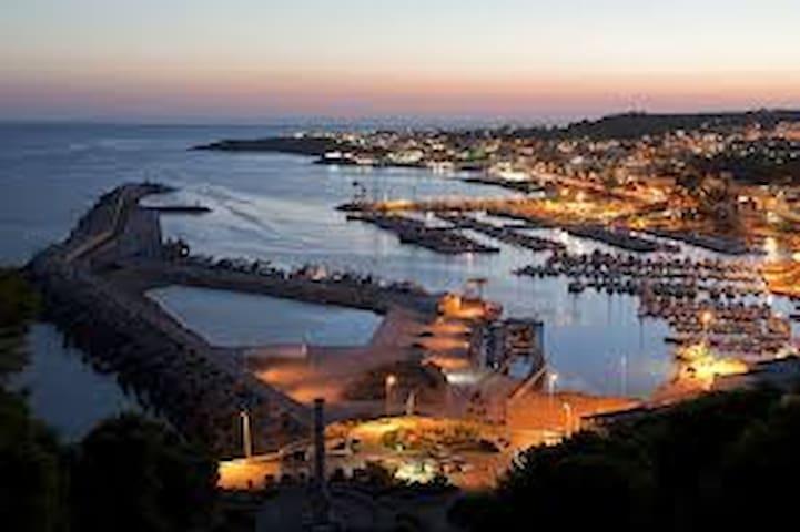 ..a 400 mt dalla meravigliosa spiaggia dei  Marini - Ugento - Apartemen