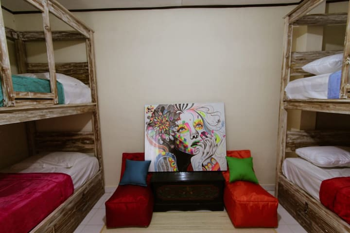 Private Dormitory Room for 4 pax