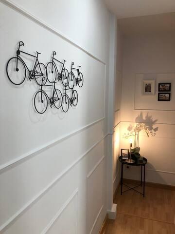 Moderna y elegante habitacion en Madrid