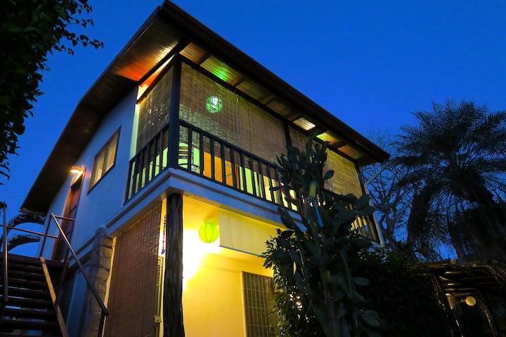BuenaOnda The Chalet (Jaco Beach Best Location)