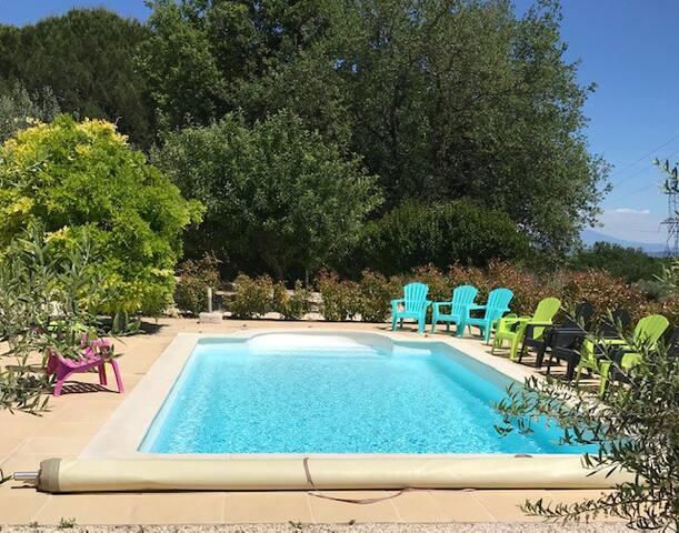 Gîte Orphée Saint Martin d'Ardèche plein soleil
