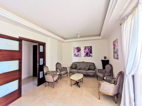 Brand New, 3 Bedrooms Apart near the Beach,Parking