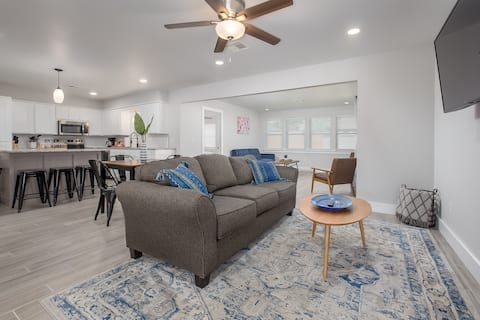 Renovated Ranch Minutes from Anything in OKC!