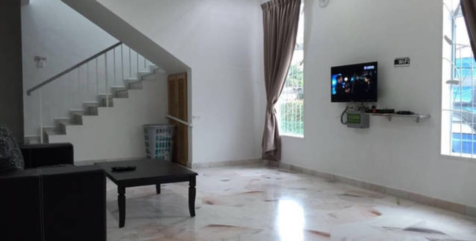 W Kuantan Family Room A