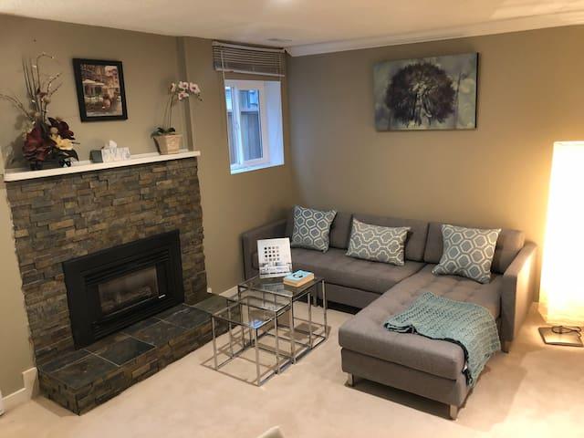 1-bedroom Guest Suite in beautiful Horseshoe Bay