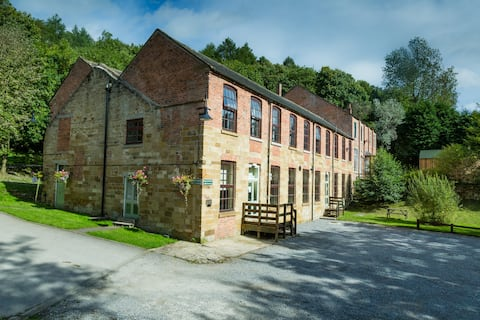 Cote Ghyll Mill (YHA) Room 8 (2 bed en-site)