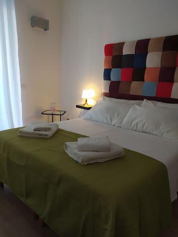 "Adige Rooms ""Dormire a pochi passi dall'Arena"""