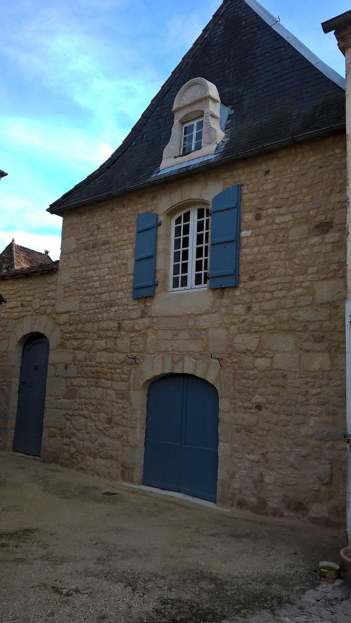 Maison au cœur du village