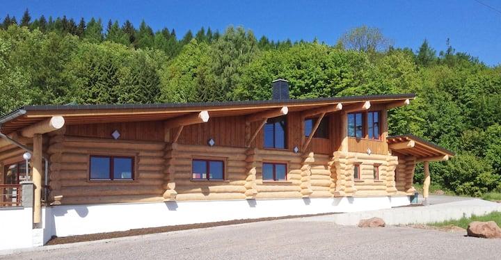 Gruppenhaus+Apartments: 2km von Ilmenau entfernt