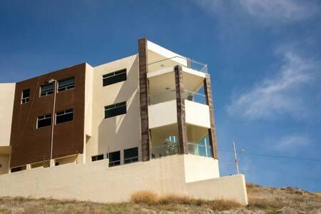 Hermosa casa Puerto Nuevo